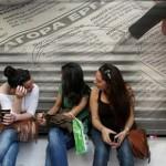 Στο 18,9% υποχώρησε η ανεργία τον Αύγουστο, σύμφωνα με την ΕΛΣΤΑΤ
