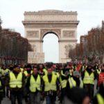Γαλλία: Τα «Κίτρινα Γιλέκα» κατακλύζουν για 4η φορά στους δρόμους, παρά τη σκληρή καταστολή (συνεχής ενημέρωση)